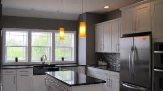 Gray Kitchen Walls With White Cabinets I Married A Tree Hugger Modern Craftsman Kitchen