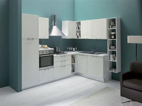 cucine a angolo cucina ad angolo piccola cucina classica ad angolo