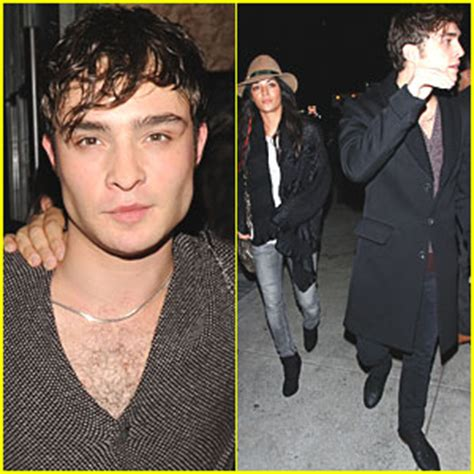 jessica szohr news photos and videos just jared ed westwick jessica szohr toro twosome ed westwick