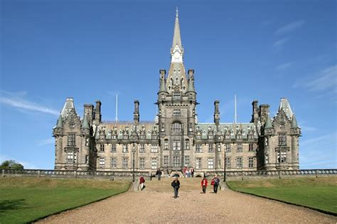 private school directory 2009 10 private schools ca fettes college fumbling toward home