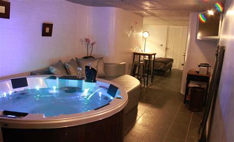 hotel avec piscine priv馥 dans la chambre chambre hote avec