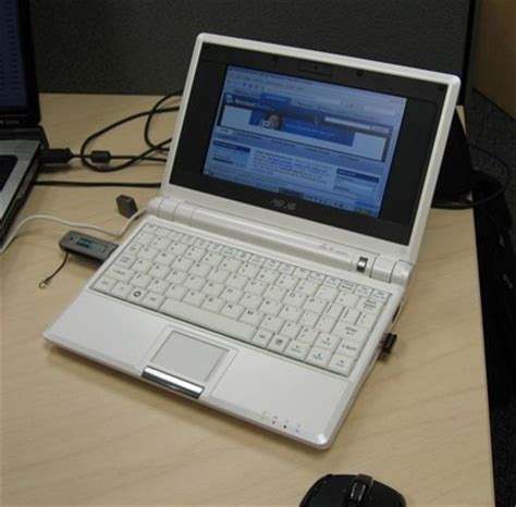 Asus Laptop Screen Goes White asus eee pc initial on and review notebookreview