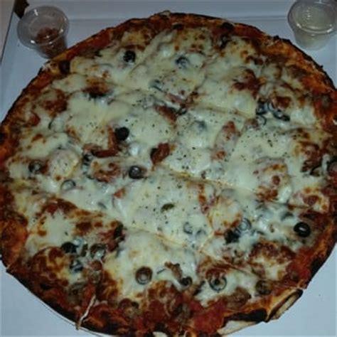 mugs pizza and ribs mugs pizza ribs 29 photos 77 reviews pizza 24 w