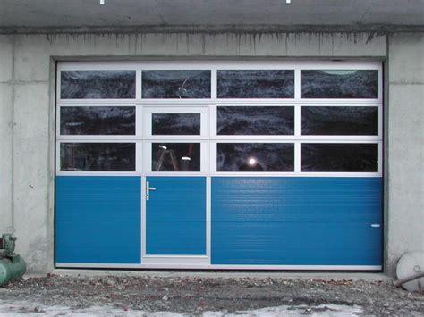 garagentor mit fenster garagentor mit t 252 r und fenster loopele