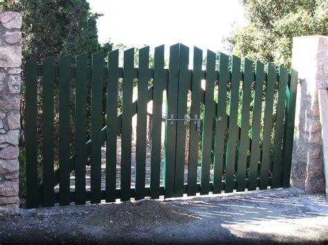 Cancelli In Legno by Cancelli Di Legno Foto Design Casa Creativa E Mobili