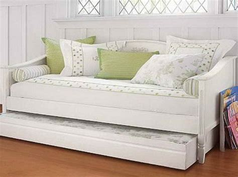 Pull Out Daybed Ikea Daybed With Trundle Review Nazarm