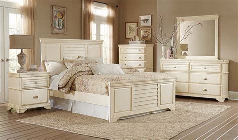 antique white bedroom sets homelegance laurinda bedroom set antique white 1846