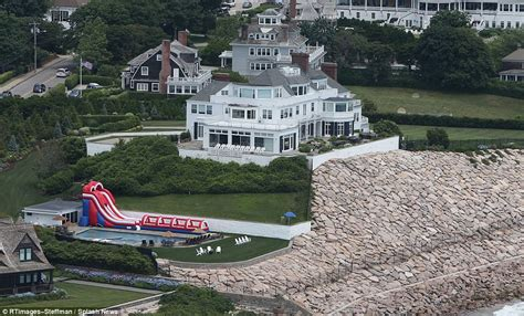 taylor swift rhode island house taylor swift skips annual fourth of july party in ri daily mail online
