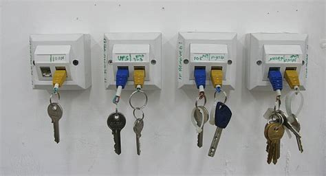 Do Yourself Key Rack by Top 15 Diy Key Holders Racks For Your Home