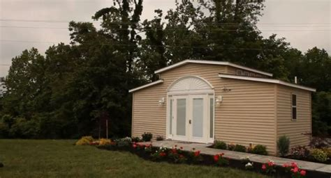 grandma backyard house high tech granny pods allow elderly family members to