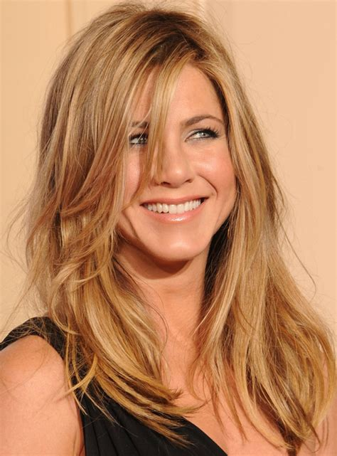 Aniston Hairstyles On Friends by Aniston Hairstyles Casual Hairstyles Golden