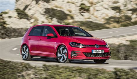 volkswagen golf gti 2017 volkswagen golf gti review caradvice
