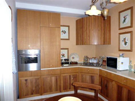mobili su misura parma cucine in legno su misura parma la spezia realizzazione