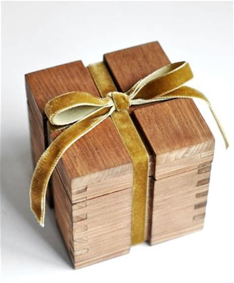 Favor Boxes Dc Nearlyweds by 25 Best Ideas About Wooden Gift Boxes On Gift