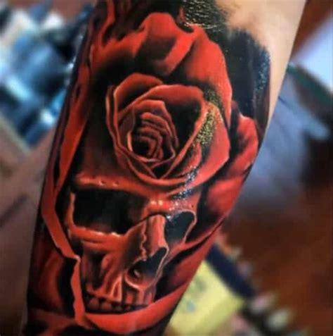 tato di kaki laki laki rose tattoo ide desain tinta mawar tato keren untuk pria
