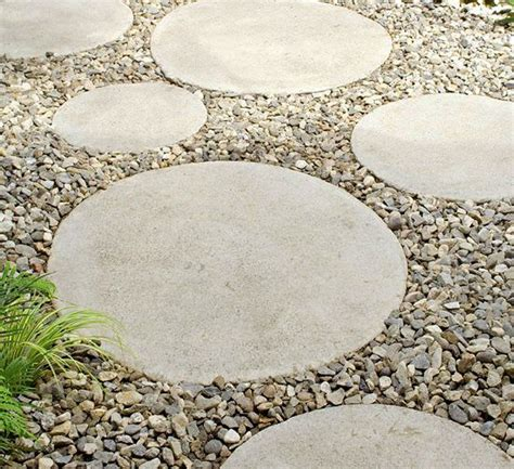 25 best ideas about round stepping stones on pinterest