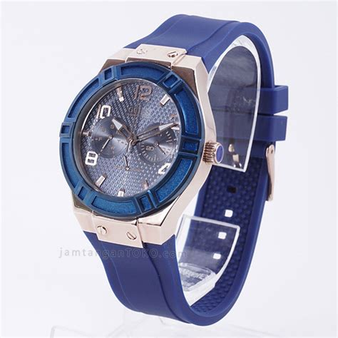 Jam Tangan Guess Wels Biru harga sarap jam tangan guess u0571l1 karet biru