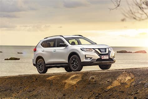 nissan  trail  review st   sport carsguide