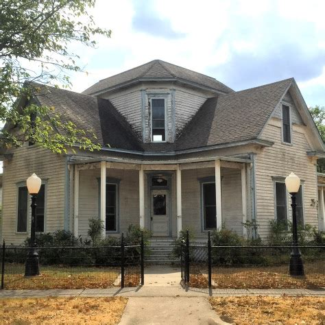 magnolia house bed and breakfast waco tx homesdecorinfo fixer upper in waco pie lady life