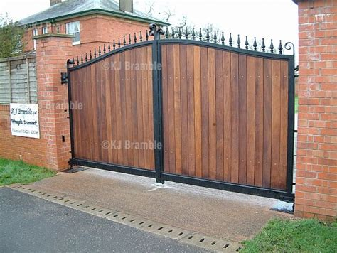 entrance gate design and material for enhancing your