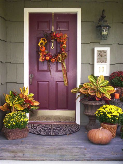 front porch fall decor 15 fall front porch decorations