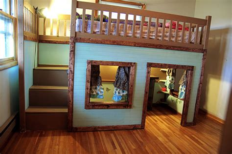 Diy Bunk Bed Ideas by Stylish Diy Projects Build A Playhouse Loft Bed For
