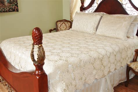 Bedcover 180160 Italy italian crochted bed cover circa 1920s stunning