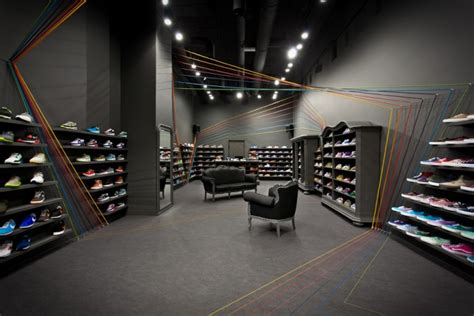 sneaker store new balance 187 retail design