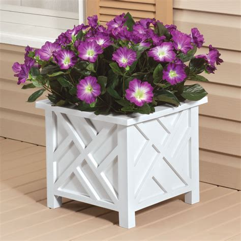 Chippendale Planter by Chippendale Planter