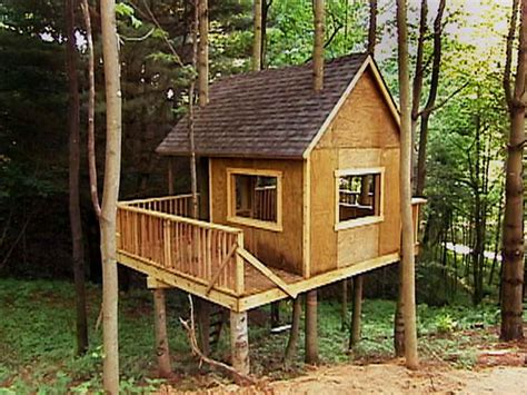 outdoor awesome treehouse plans and designs treehouse