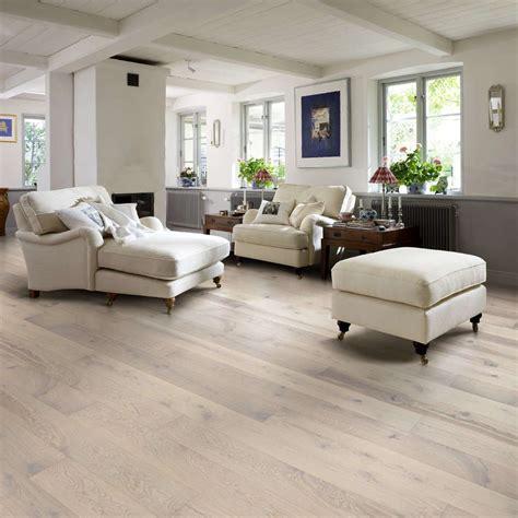 pavimenti in legno rovere sbiancato parquet rovere sbiancato spazzolato linea natura