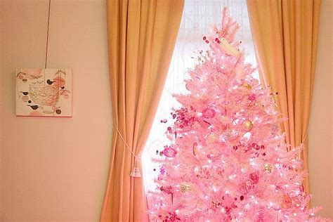 pink tree ideas pin by ponce on merry and bright
