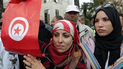 life changed  tunisia   revolution arab