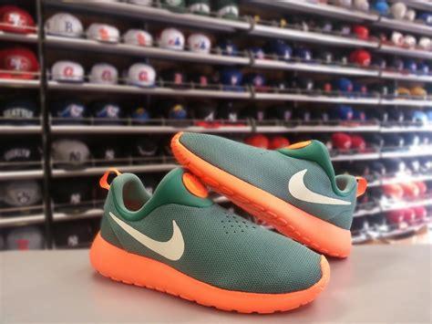 Nike Rosherun Slip On nike roshe run slip on new colorways available weartesters