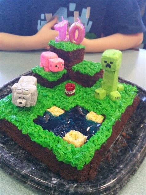The Top Five Bag Cakes Beacuse Theyre And by 21 Best Images About Minecraft Cakes On