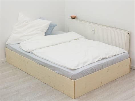 Bett Skandinavischer Stil by Bett Im Skandinavisch Schlichten Stil Bauen