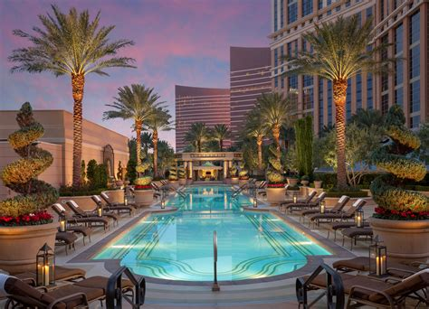 the las vegas strip in pictures luxury hotels wynn las bask in rays and relaxation at the venetian and the