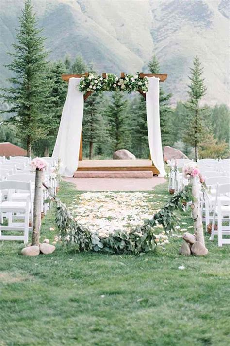 outdoor wedding ceremony ideas 3 green rustic wedding ideas modwedding