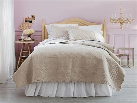 lilac feminine bedroom hgtv