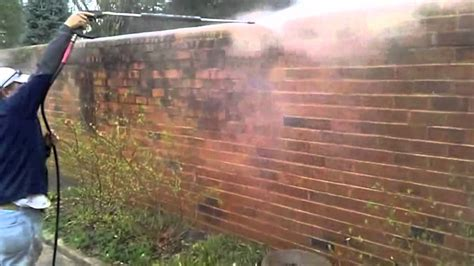 House Cleaning Exterior House Cleaning Pressure Washing And Cleaning Brick Richmond Va