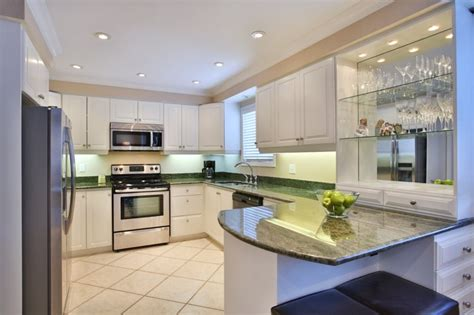 professional spray painting kitchen cabinets spray painted kitchen cabinets cabinet refinishing