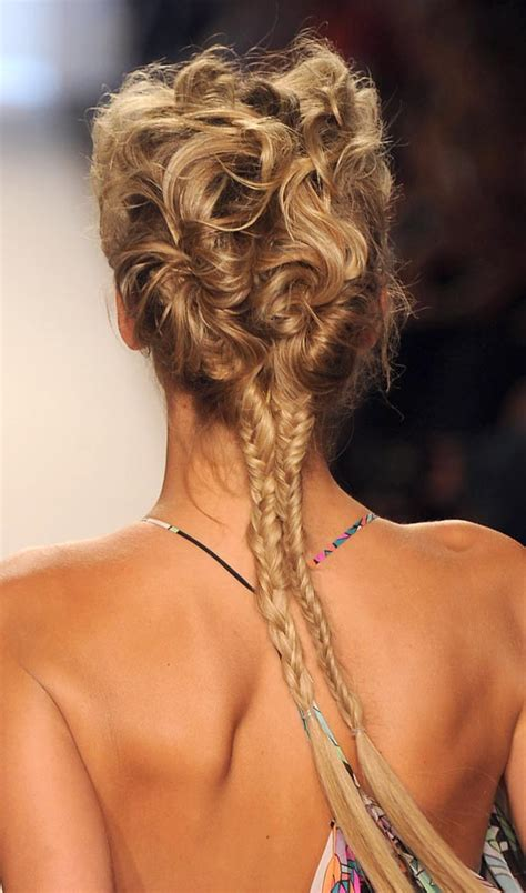 Fish Braids Hairstyles by 15 Creative Fishtail Braid Hairstyles
