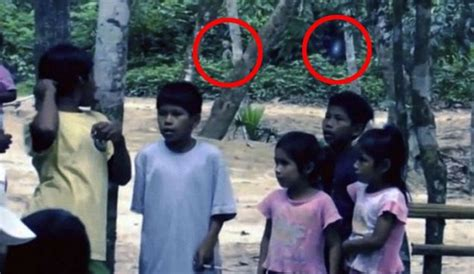 film misteri romantis alien and floating orb captured on film in the amazon