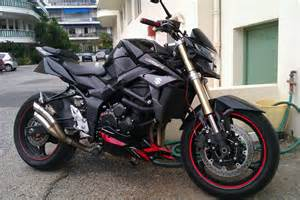 Suzuki Gsr750 Suzuki Gsr 750 2013 Review Lifestyle And Enjoyment