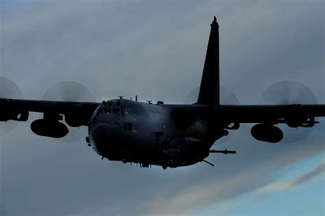 descargar the military jets aircraft guide libro de texto ac 130h u gunship military com