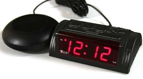 deaf alarm clock of hearing vibrating alarm clock sonic boom alarm clock clock