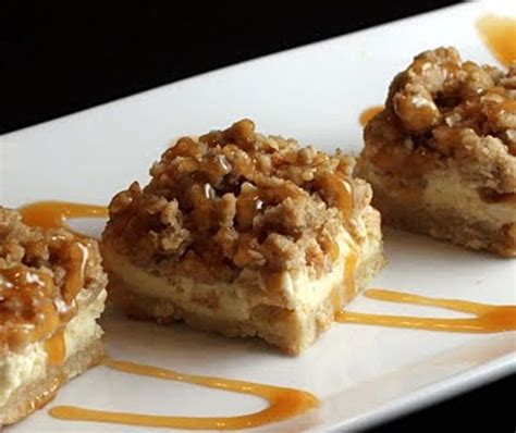 caramel apple cheesecake bars with streusel topping 10 amazing apple recipes for fall
