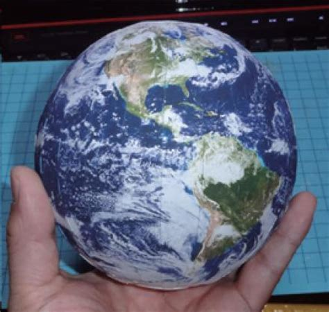 Papercraft Planet - papercraft planets pics about space