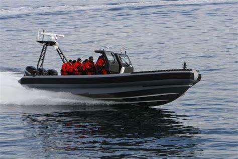 speed boat zodiac idex 2009 show daily news international defence exhibition