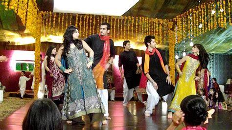 PAKISTANI WEDDING DANCE 2   YouTube